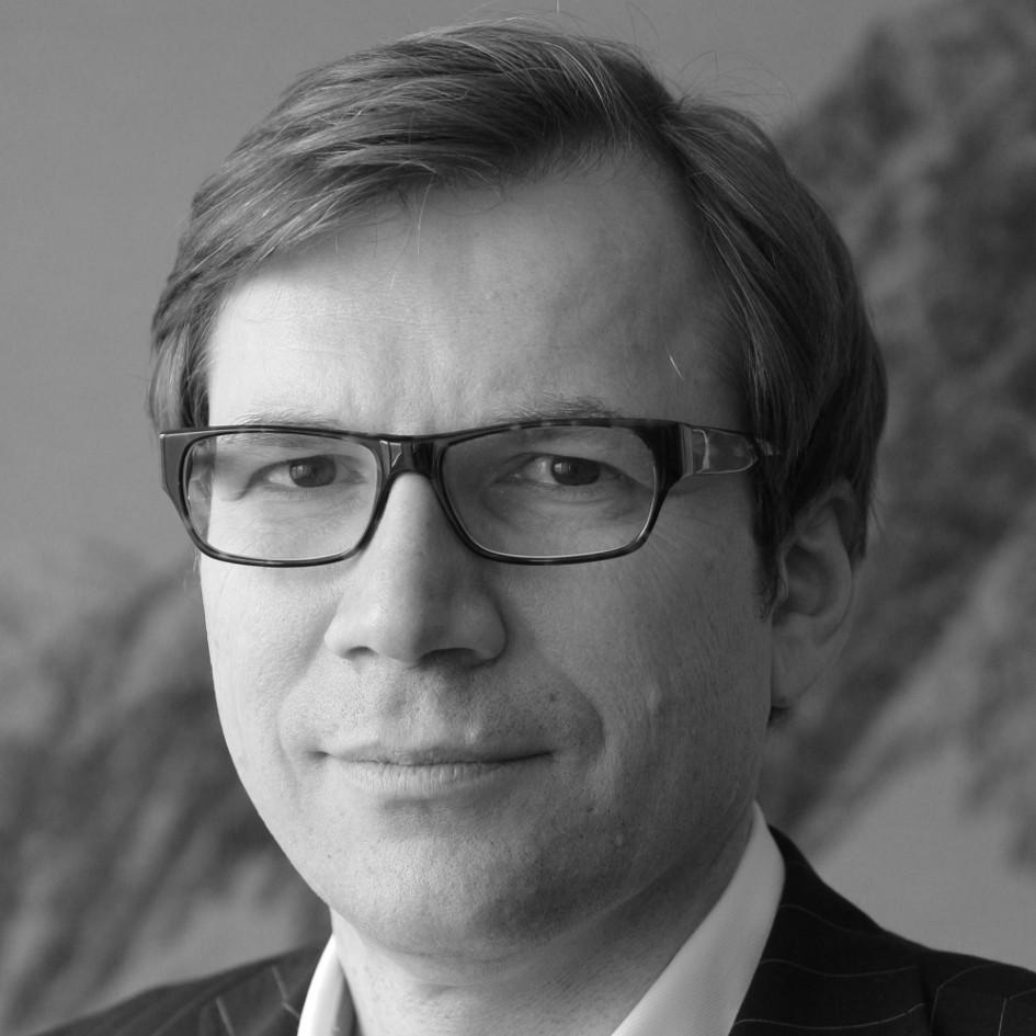 Dr. Horst Lindhofer